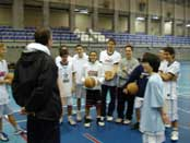 Entrenamiento en el Basketball Tech Campus